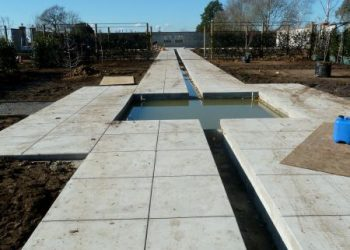 Concrete_path_and_rill-107-800-600-80