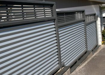 Corrogated_timber_fence_KM_Designs-113-800-600-80 (1)