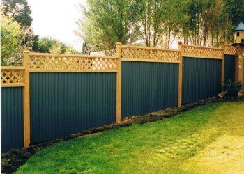 Corrugated_Iron_Trellis_top_KM_Designs-114-800-600-80