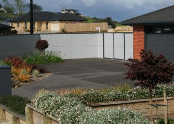 Fibrelite_fence_Driveway_Retaining-123-800-600-80